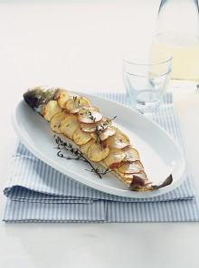 Branzino al forno in crosta dorata