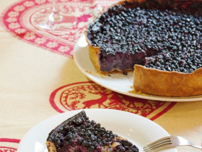 torta ai mirtilli con crema di mandorle