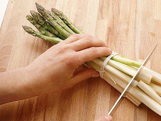 Preparare gli asparagi Sale&Pepe