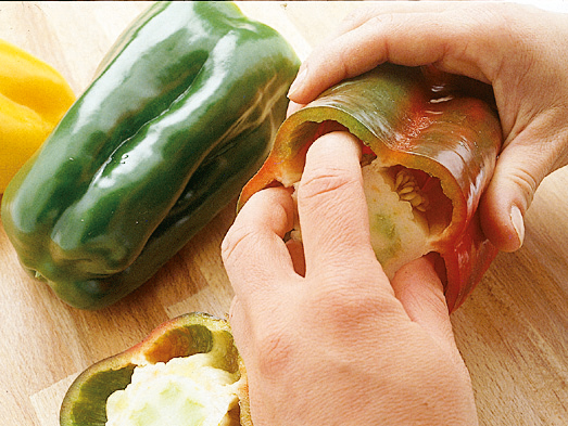 Pulire i peperoni Sale&Pepe