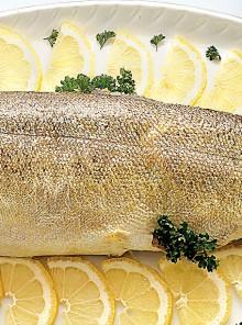 Come si lessa il pesce intero