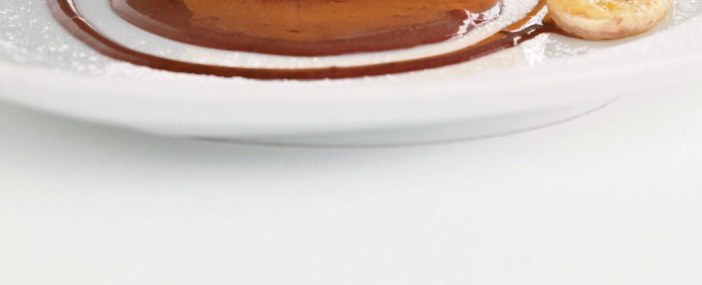 Crema con banane e salsa al cioccolato Sale&Pepe immagine