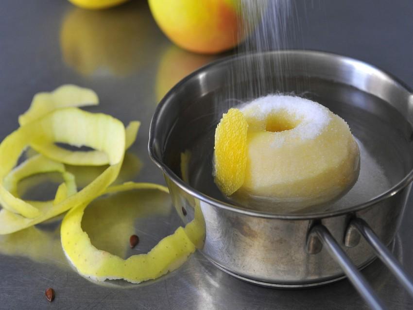 Crostata di mele con la mela intera Sale&Pepe ricetta