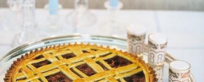 Mele e frutti di bosco per gustare un'ottima torta