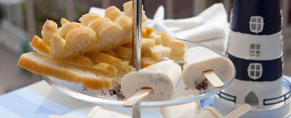 gelatini di formaggio con pomodorini secchi Sale&Pepe