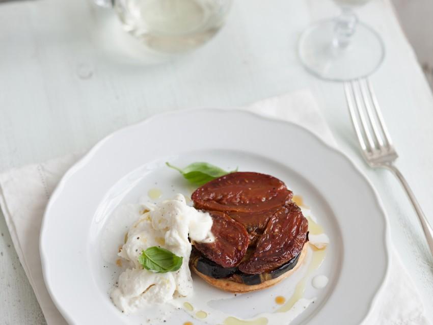 immagine Tarte tatin con pomodori passiti e melanzane al forno  Sale&Pepe