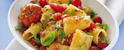 Ricetta dei paccheri con pomodori confit e frisella