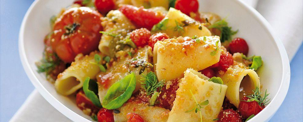 Paccheri con pomodori confit e frisella Sale&Pepe
