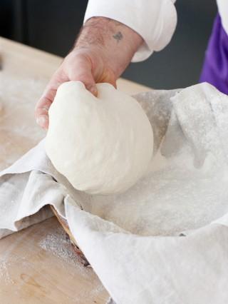 Pane di campagna con lievito naturale Sale&Pepe preparazione