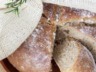pane-rosmarino-preparazione