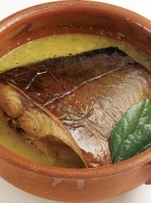 Preparare il pesce in umido