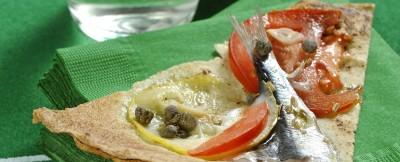 Ricetta pizza di sfoglia carasau con le sarde