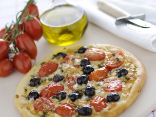 Pizza con olive e capperi Sale&Pepe