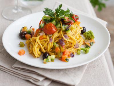 ricetta-spaghetti-carote-curcuma-verdure_2