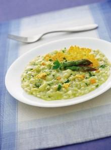 Risotto agli asparagi con cialde di Grana Padano
