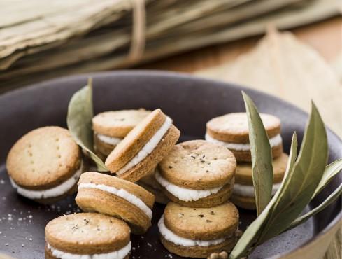 Biscottini salati con crema di robiola Sale&Pepe