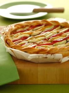 Sfogliata agli aromi con peperoni e mozzarella