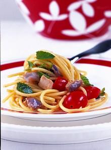 Spaghetti spada e melanzane