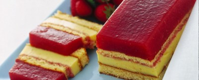 Dolce fragole e crema ricetta