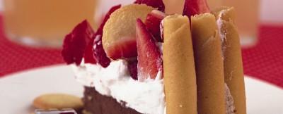 Ricetta torta di fragole e biscottini    ricetta