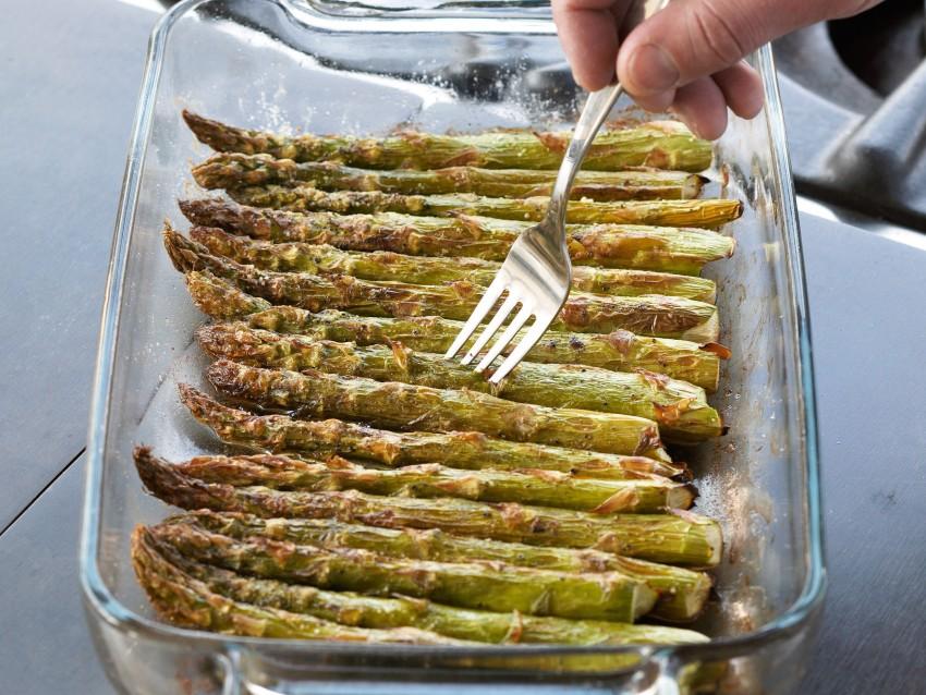 Quiche con ripieno di asparagi in crosta di patate Sale&Pepe ricetta
