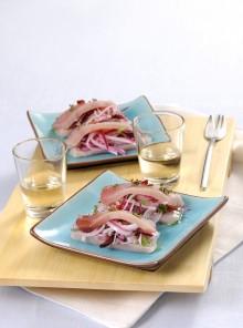 Trancetti di spada con insalata di cipolla dolce