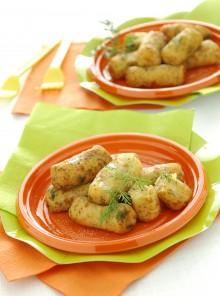 Tronchetti di patate, salmone affumicato e semi di papavero