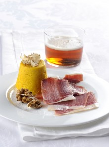 Flan di zucca gialla con prosciutto affumicato