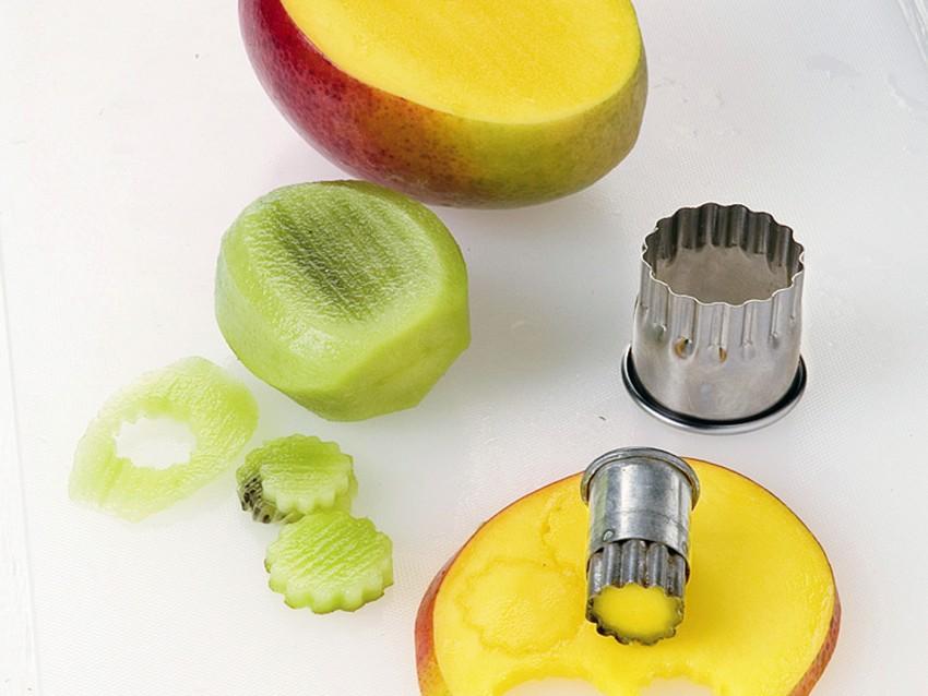 alzatina-di-frutta immagine