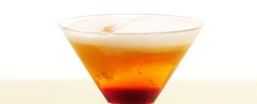 aperitivo-ai-frutti-rossi-con-spuma-darancia