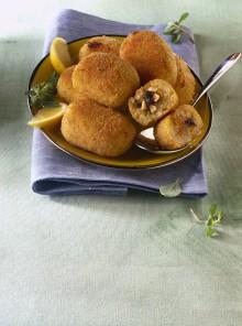 Gli arancini di riso siciliani al ragù di pesce spada