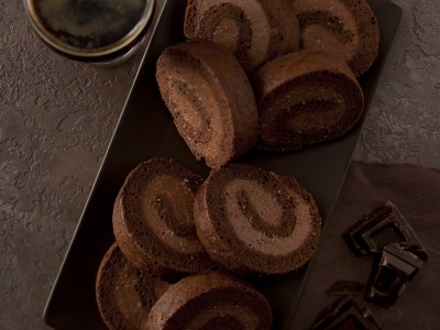 arrotolato-al-cioccolato-con-cream-cheese
