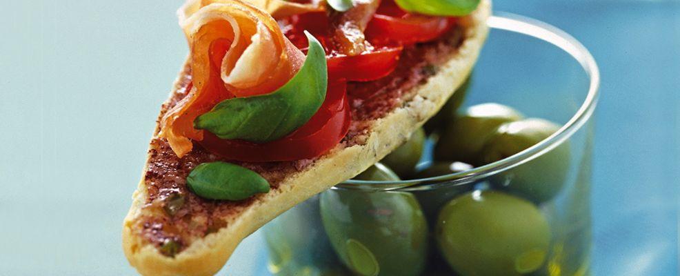 baguettine-con-prosciutto-e-pomodorini ricetta