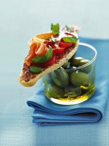 Le baguettine con prosciutto e pomodorini