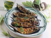 barchette di melanzane con funghi e salsiccia Sale&Pepe ricetta