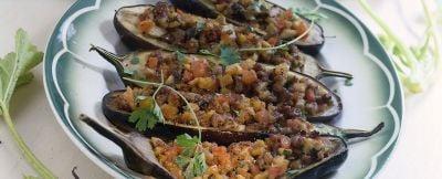 barchette di melanzane con funghi e salsiccia ricetta