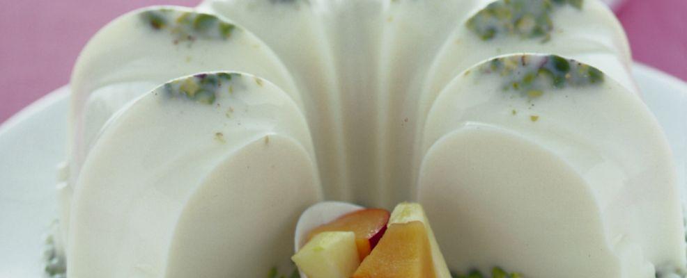 bavarese-al-latte-e-pistacchi immagine