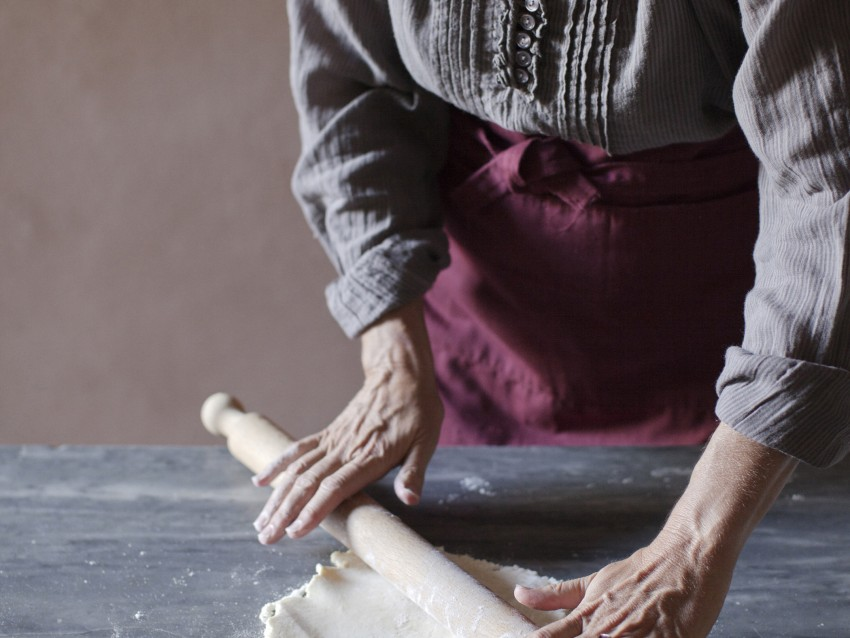 biscotti-a-lune-saracene-ripieni-di-marmellata ricetta