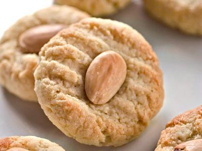 biscotti-di-pasta-alle-mandorle foto