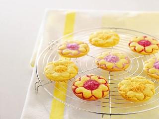 biscottini-allo-zucchero-colorato ricetta