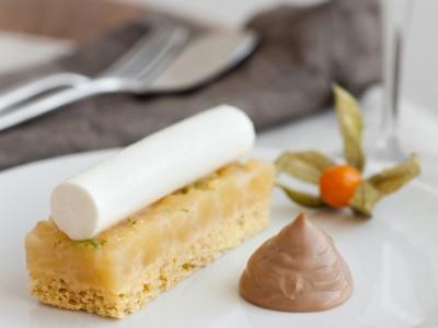 biscotto-alle-mele-con-salsa-gianduia preparazione