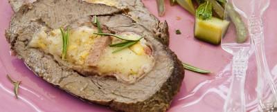 bistecca-al-forno-farcita-con-scamorza-e-mortadella