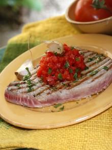 Bistecche di tonno all'aglio