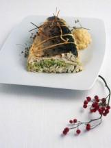 branzino-alle-mandorle-con-crema-di-cipolle ricetta