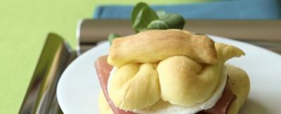 brioche-salate-con-mozzarella-e-crudo ricetta