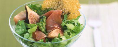broccoletti-con-prosciutto-fichi-e-cialde-di-grana ricetta