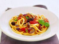 bucatini-al-ragu-di-verdure