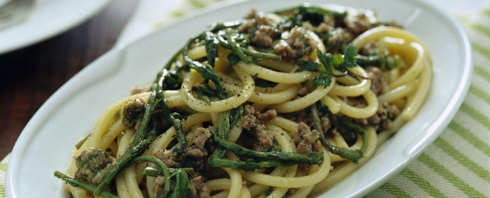 bucatini-asparagina-e-salsiccia ricetta
