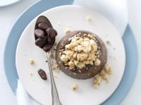 budinetti-al-cioccolato-con-crumble-alle-fave-di-cacao ricetta