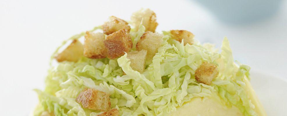budino-di-parmigiano-con-verza-e-crostini ricetta